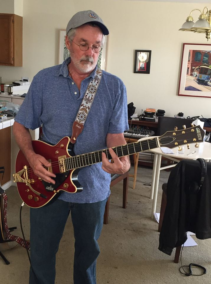 Джон Карлтон с гитарой 2